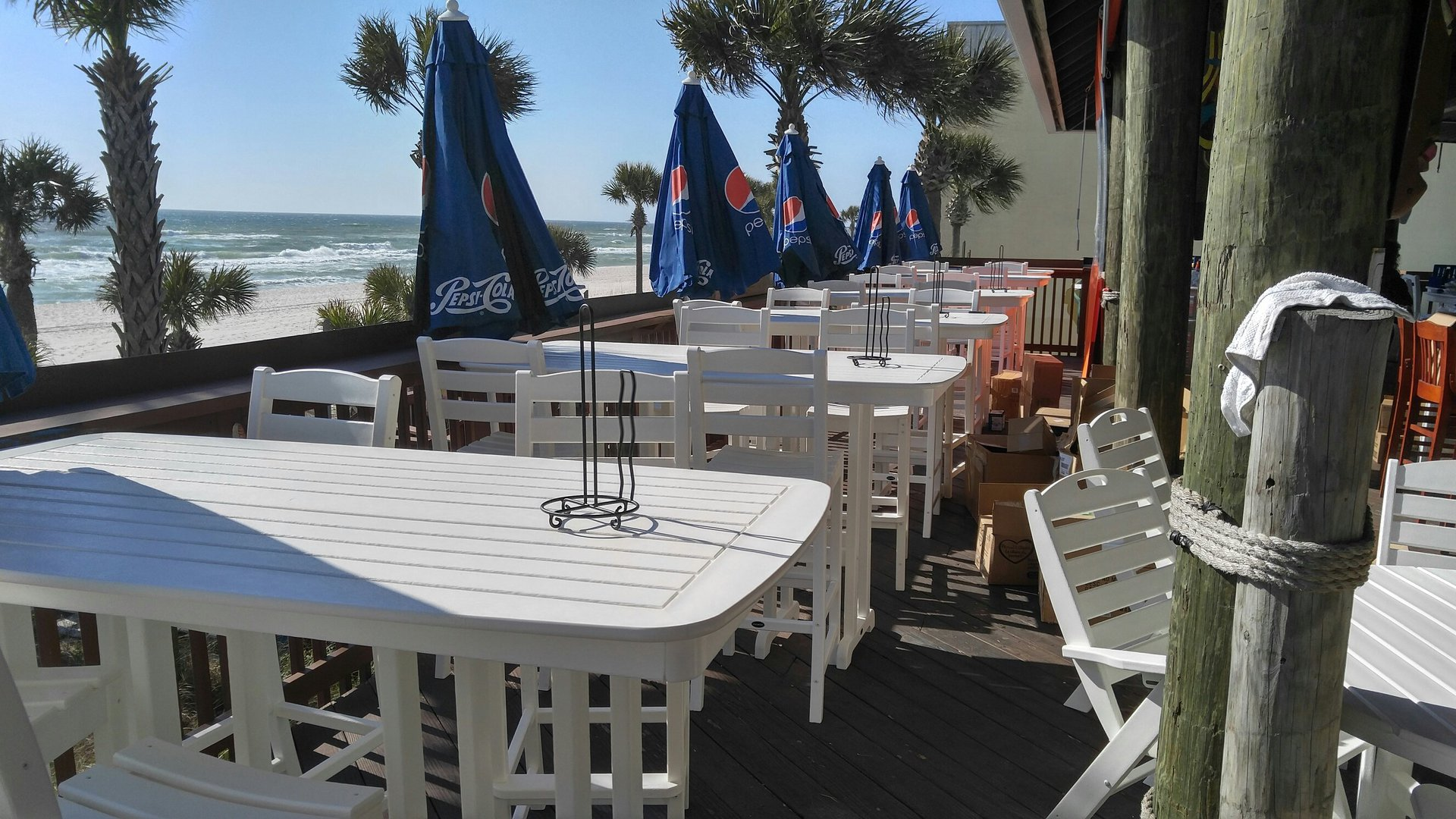 Barefoot hideaway grill panama city beach fl factory for Factory direct furniture