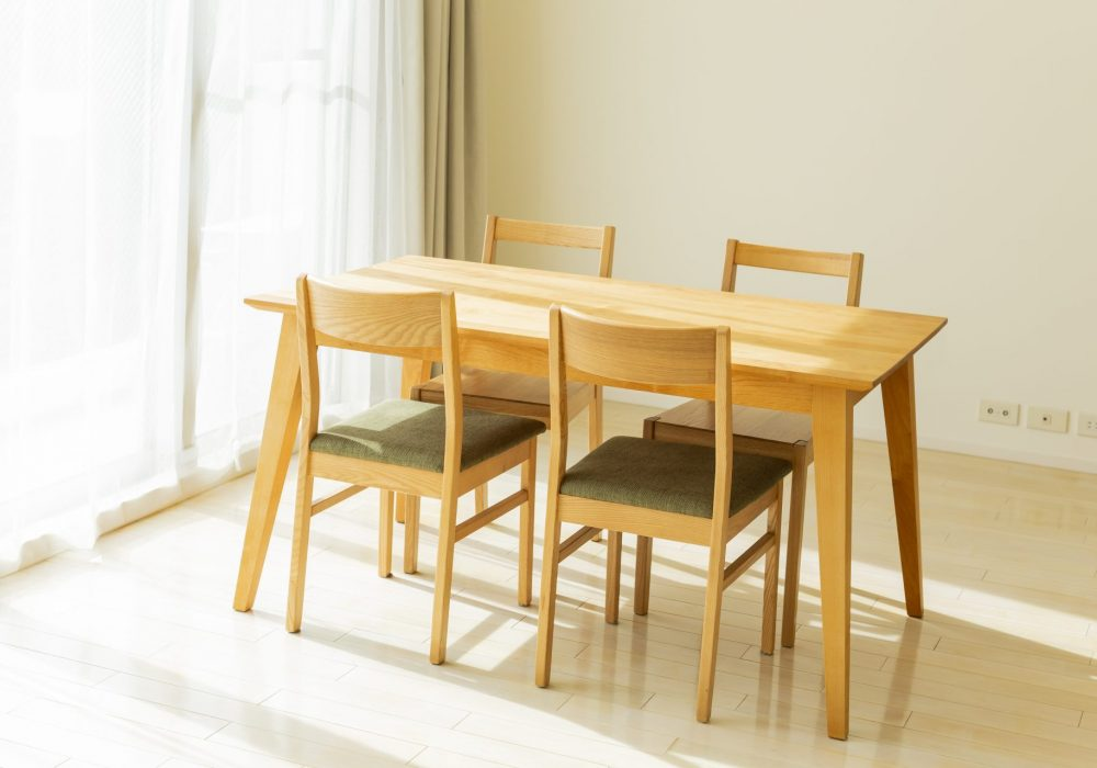 3 Factors To Consider When Choosing A Dining Room Table